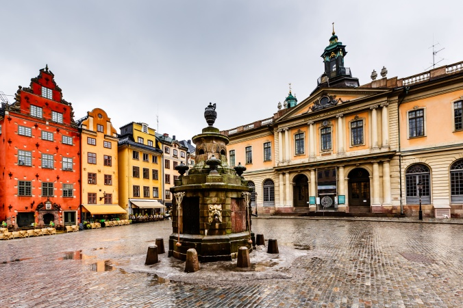 Fotolia_Stockholm-old-town-4-Copy.jpg